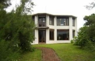 Photo 1 - OYO Villas Palmira