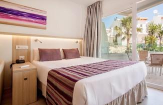 Photo 1 - OLA Apartamentos Bouganvillia