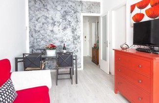 Photo 1 - 65 Vibrant and modern apartment