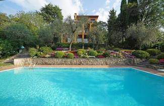 Photo 1 - Villa in Gardone Riviera mit privater pool