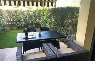 Photo 1 - Apartment in Puegnago del Garda with private pool