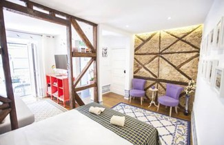 LovelyStay - Typical Bairro Alto Apartment Lisbon 1