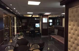 Photo 1 - Al-Fakhamah Hotel Apartments