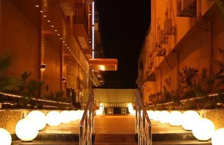 Photo 1 - Al Muhaideb Hotel Apartments