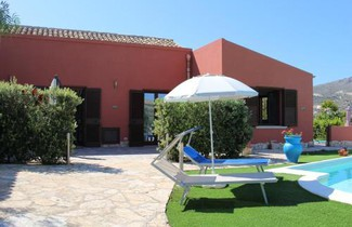 Photo 1 - House in Buseto Palizzolo with swimming pool