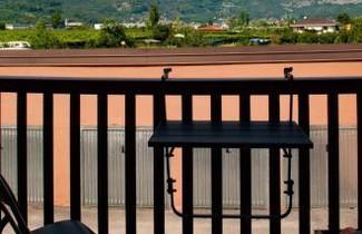 Foto 1 - Apartment in Riva del Garda with swimming pool