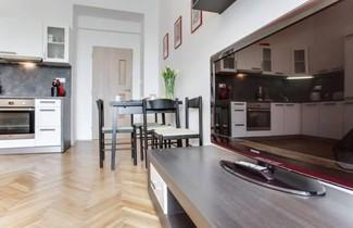 Comfy 2 Bedroom Apartment 1