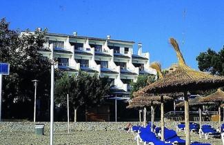Photo 1 - Apartamentos Balear Beach