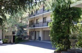 Photo 1 - Grosvenor Court Apartments